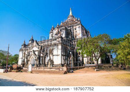 That Byin Nyiu Temple and other temples in Bagan, Myanmar. (Burma)