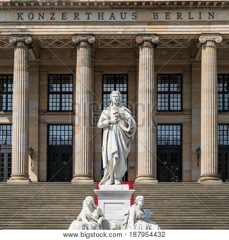 Friedrich Schiller Sculpture At Konzerthaus (concert Hall) , Gendarmenmarkt Berlin