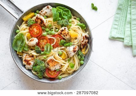 Pasta Chicken Primavera