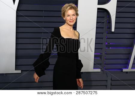 BEVERLY HILLS - FEB 24: Renee Zellweger at the 2019 Vanity Fair Oscar Party at The Wallis Annenberg Center for the Performing Arts on February 24, 2019 in Beverly Hills, CA
