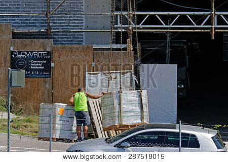 Gosford, New South Wales, Australia - January 14, 2019: Equipment Delivery To New Home Units Buildin