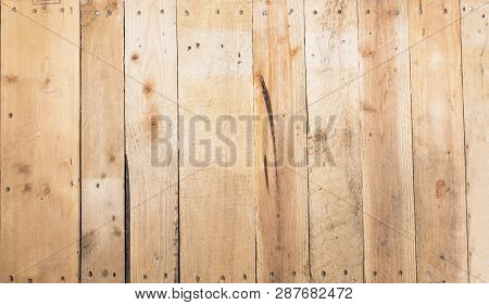 Yellow Pine Wood From Recycle Pallets, Texture