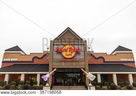 Pigeon Forge, Tennessee, Usa - August 15, 2020: Exterior Of The Hard Rock Cafe In Pigeon Forge. The