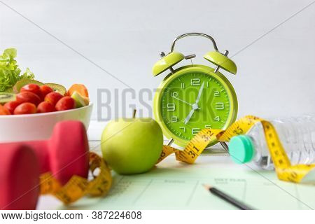 Diet Health Plan.  Nutrition Start Up Workout Planing. Sport Exercise Equipment Workout Andgym Back