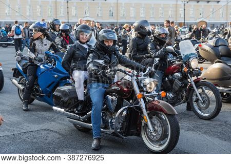 St Petersburg, Russia-september 26, 2020: Palace Square. Bikers On Their Motorcycles, Waiting Start