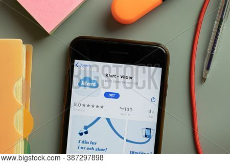 New York, Usa - 29 September 2020: Klart Vader Mobile App Logo On Phone Screen Close Up, Illustrativ