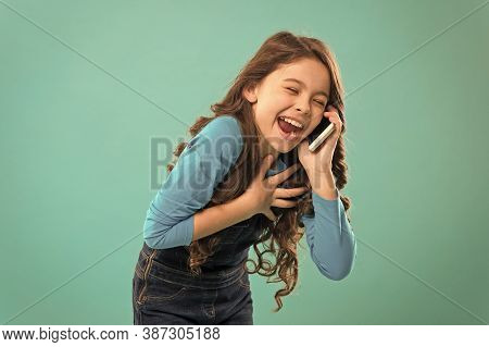 Funny Story. Mobile Communication. Information And News. Upbringing Development. Little Girl Call Mo