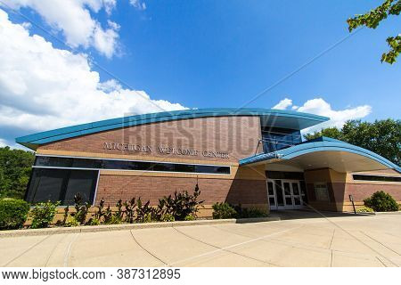 Monroe, Michigan, Usa - August 17, 2020: Exterior Of The State Of Michigan Welcome Center On Interst