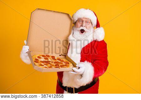 Photo Of Overweight Santa Claus Hold Tasty Pizza Impressed X-mas Season Shopping Pizzeria Discount O
