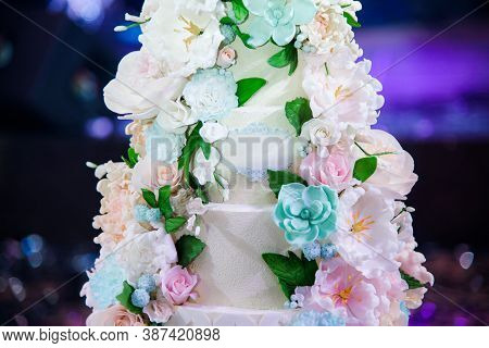 Wedding Luxury Delicious Tasty Cake With Flowers
