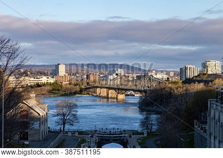 Ottawa, Ontario, Canada - May 9, 2020: A View Of The Ottawa River And Gatineau Quebec, Including Hul