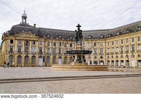 Bordeaux , Aquitaine / France - 09 25 2020 : Bordeaux Place De La Bourse Famous Square With Fountain