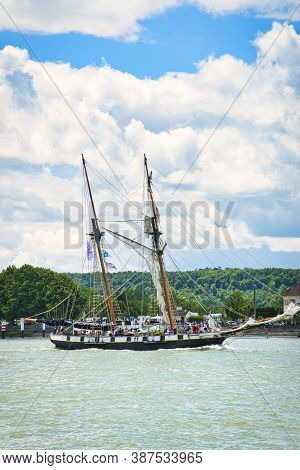 Rouen, France - June 8, 2019. La Recouvrance Two Masts Schooner On The Seine For Armada Exhibition G