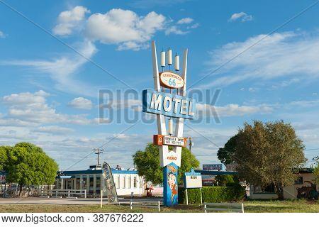 Seligman Usa - September 20015; Landmark Sign Stage Coach Motel Retro Style Sign, Route 66,  Arizona