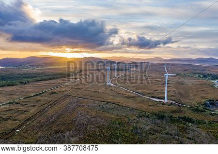 Bonny Glen And The Loughderryduff Windfarm Between Ardara And Portnoo In County Donegal.