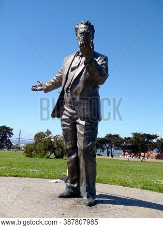 San Francisco  - September 20, 2010: Statue Of Congressman Phillip Burton, 1926-1983 By Sculptor Wen