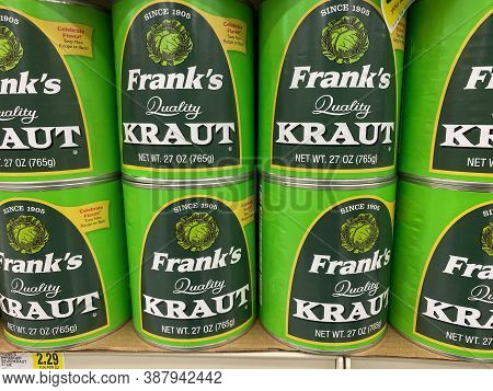 Maple Grove, Minnesota - September 14, 2020: Franks Quality Kraut (sauerkraut) On Display At A Groce