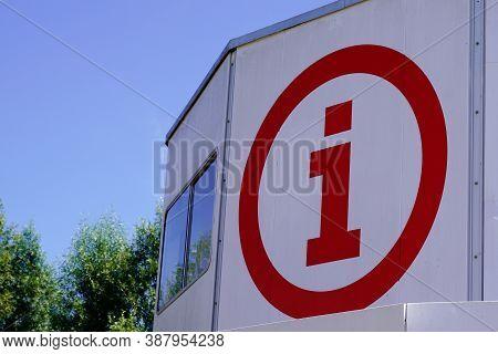 Nantes , Pays De Loire / France - 09 25 2020 : Office De Tourisme I Round Sign Logo On  France Agenc
