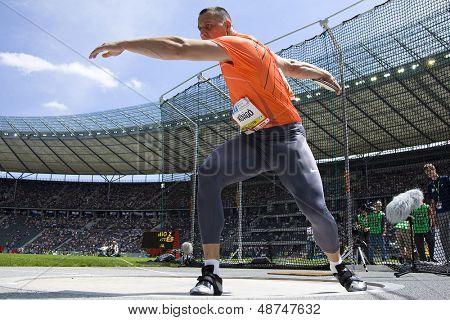 June 14 2009; Berlin Germany. Zoltan KOVAGO (HUN) competing in the discus at the DKB ISTAF 68 International Stadionfest Golden League Athletics competition.