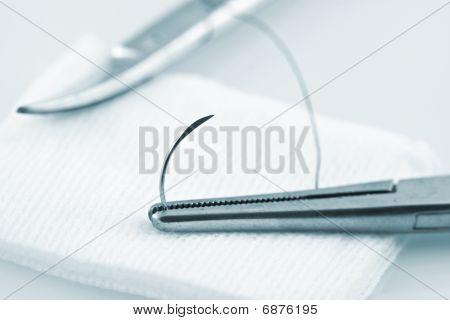 Needle Holder Holding Cat Gut Suture