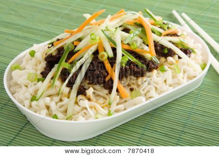 Noodles With Soybean Paste