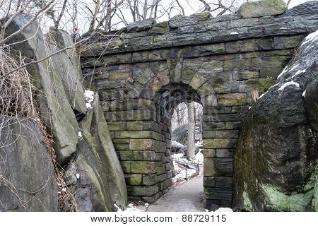 Ramble Stone Arch By The Rocks