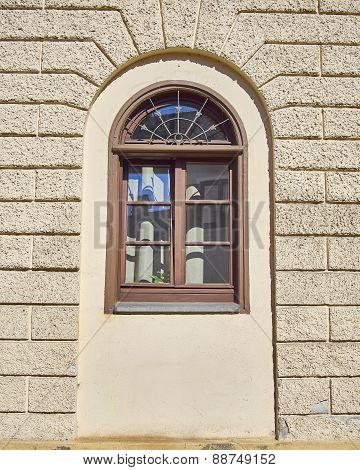 vintage home arched window Munchen Germany