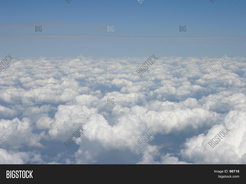 Bild und Foto zu Wolken (Kostenlose Probeversion) | Bigstock