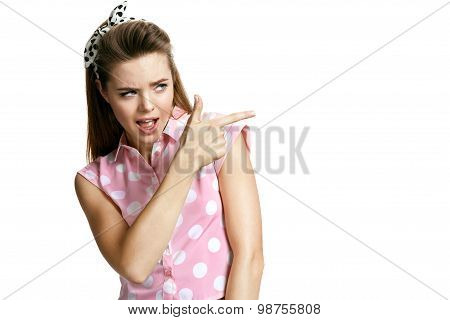 Accurate Girl Uses Her Hand To Mimic A Handgun