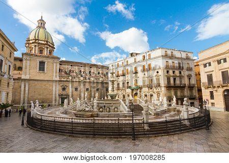 Palermo, Sicily, Italy. In the heart of Palermo's loveliest square, Piazza Pretoria, stands this magnificent fountain, Fontana Pretoria, work of Florentine sculptor Francesco Camilliani.