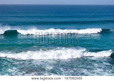 Ocean vawes