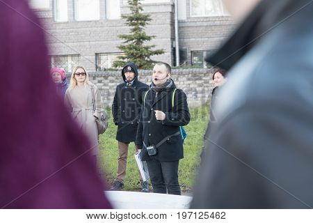 Group Of People During Historical Tours In Spring In Kirov City