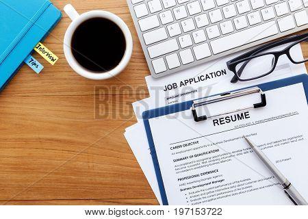 Job Seach Background