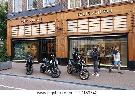 Louis Vuitton, Netherlands