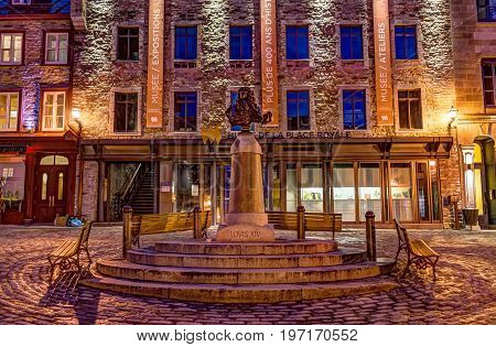 Quebec City, Canada - May 31, 2017: Lower Old Town Street Square Called Place Royale With Statue Bus