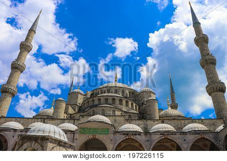 Blue mosque in daylight Istanbul, Sultanahmet park. The biggest mosque in Istanbul of Sultan Ahmed (Ottoman Empire). The mosque was built from 1609 to 1616, during the rule of Ahmed I.