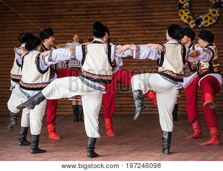 Silver Spring, Usa - September 17, 2016: Ukraina School Of Dance Ensemble Boys From Toronto, Canada