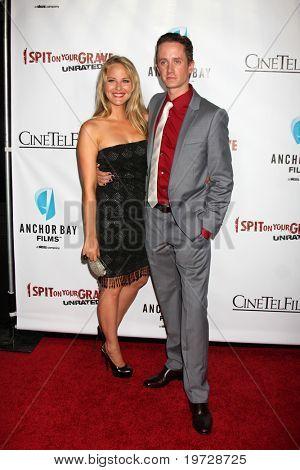 LOS ANGELES - SEP 29:  Selena Fara, Chad Lindberg arrives at the