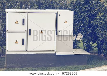 Outdoor Plastic Electrical Cabinet With Warning Signs 3