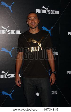 LOS ANGELES - OCT 13:  Jesse WIlliams arrives  at the Puma Social Club LA Launch Event at Puma Social Club LA Launch Event on October 13, 2010 in W. Los Angeles, CA