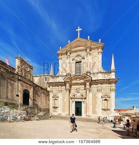 People At Jesuit College And St Ignatius Church In Dubrovnik