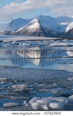 Winter seasion reflection lagoon Jakulsarlon Iceland winter season natural landscape background