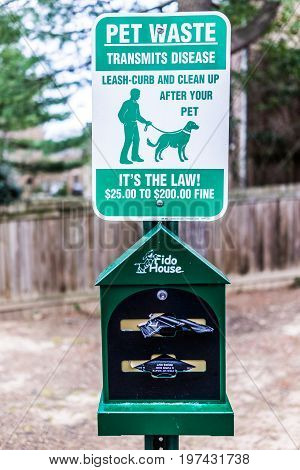 Fairfax, Usa - March 7, 2017: Pet Waste Sign With Free Disposable Bags For Dog Clean Up