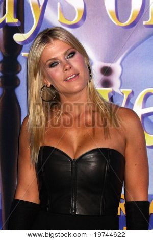 LOS ANGELES - NOV 6:  Alison Sweeney arrives at the Days of Our Lives 45th Anniversary Party at House of Blues on November 6, 2010 in West Hollywood, CA