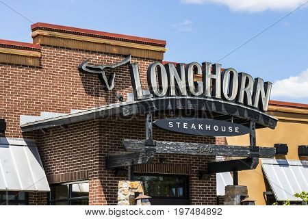 Indianapolis - Circa July 2017: LongHorn Steakhouse casual dining restaurant. LongHorn Steakhouse is owned and operated by Darden Restaurants II