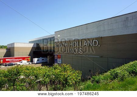 SOUTH HOLLAND, ILLINOIS / UNITED STATES - MAY 22, 2017: Travelers on the Illinois Tollway may stop and rest at the Chicago Southland Lincoln Oasis.