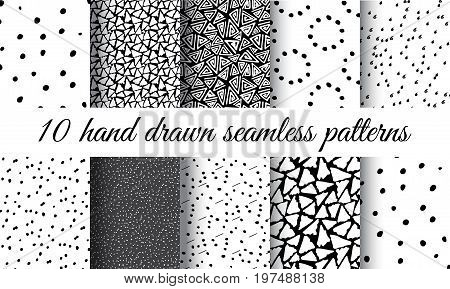 Hand Drawn Seamless Triangle Pattern