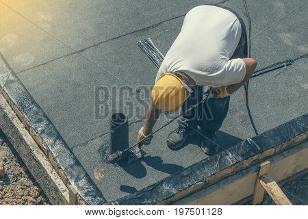Installing Pipe Installation