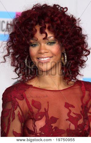 LOS ANGELES - NOV 21:  Rihanna arrives at the 2010 American Music Awards at Nokia Theater on November 21, 2010 in Los Angeles, CA