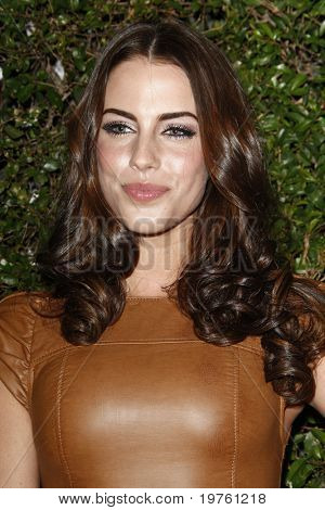 LOS ANGELES - JAN 5:  Jessica Lowndes arrives at the COVERGIRL 50th Anniversary Celebration at BOA Steakhouse on January 5, 2011 in West Hollywood, CA